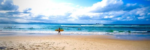 Big Wallet Luxurious Surfing Resorts - The Wise Traveller