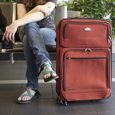 Come with Luggage - the Lightest Cases in Travel - The Wise Traveller