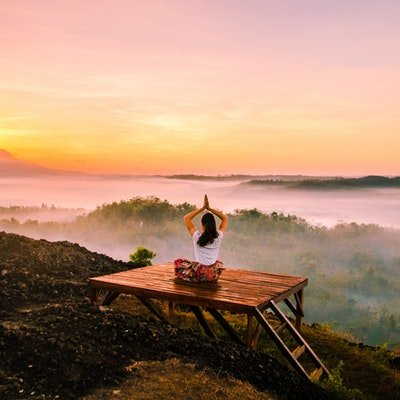December Monthly Round-Up - The Wise Traveller - Yoga