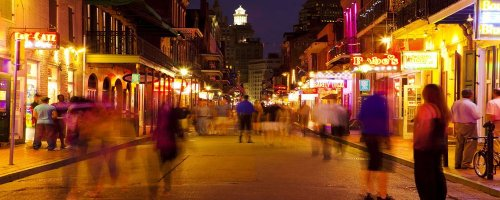 Dining Out in New Orleans - The Wise Traveller - Bourbon Street