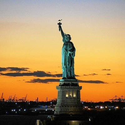 Eight Reasons Why You Should Visit the USA This Year - The Wise Traveller - Statue of Liberty