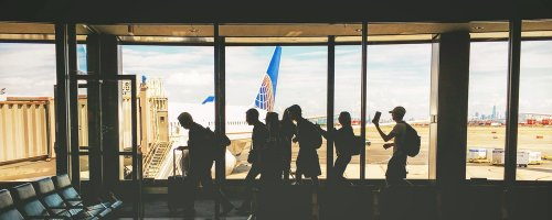 Essential Items for Long-haul Flights - The Wise Traveller