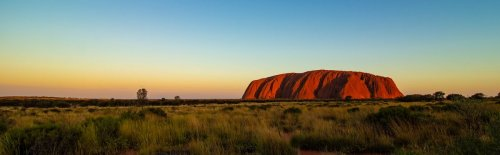 How to Explore Australia's Red Heart—Ayers Rock - The Wise Traveller
