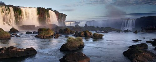 IGUAZU FALLS - RUMBLE IN THE JUNGLE - The Wise Traveller