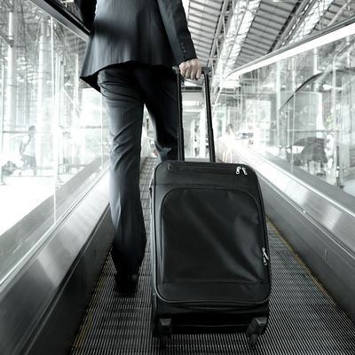 Last Minute Business Trip Packing Tips - The Wise Traveller - Business Traveller