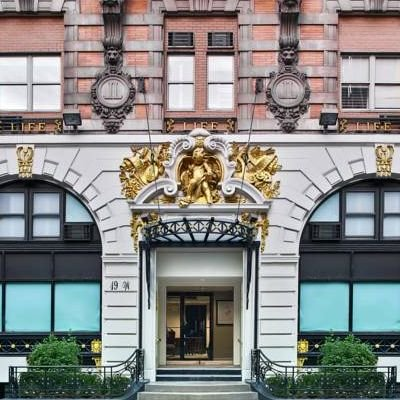 Review - Life Hotel - New York - USA - The Wise Traveller - Building