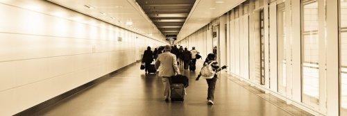 Tips for Travelling Light - The Wise Traveller