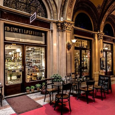 Where to Enjoy Vienna's Cafés, Chocolate and Culture - The Wise Traveller