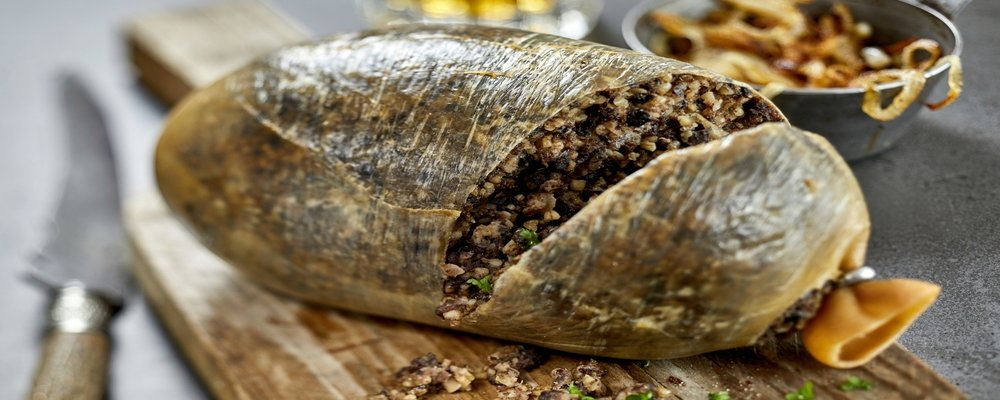 25 'Exotic' Dishes When Travelling - Top 25 Strange Foods When You Travel - The Wise Traveller - Scotland - Haggis