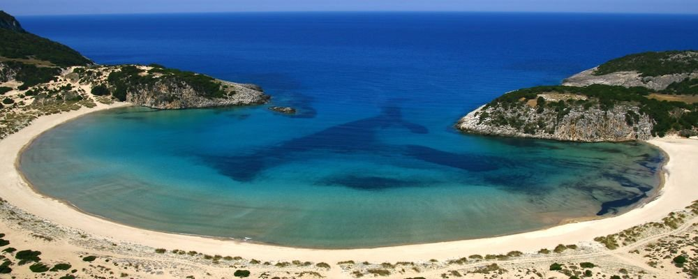 5 Summer Places To Avoid Crowds - How To Avoid The Crowds With These 5 Summer Destinations - The Wise Traveller - Voidokilia Beach - Greece