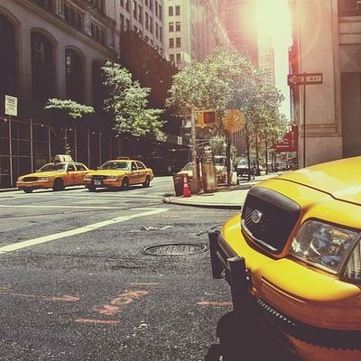 9 Tips to Become More Efficient in Travel - The Wise Traveller - Taxi