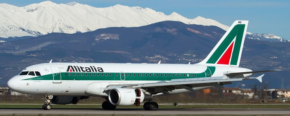 Airlines Providing Essential Support During Pandemic - The Wise Traveller - Alitalia