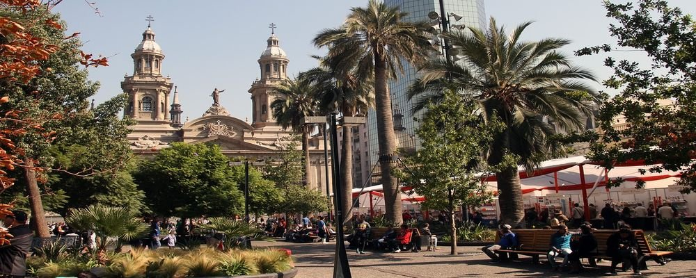 Best Trips For Solo Travelers - The wise Traveller - Santiago - Chile