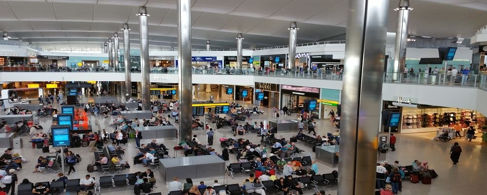Experience the World's Biggest Airport Hubs - The Wise Traveller - Heathrow