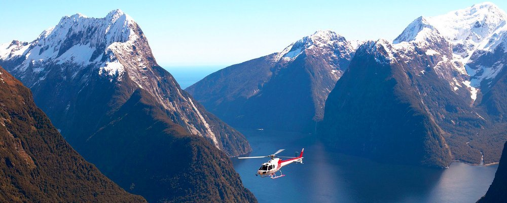 Cool Helicopter Rides Around The World - The Wise Traveller