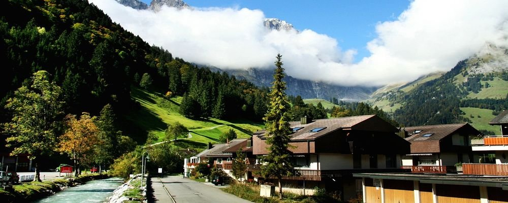 How to Adapt Your Summer Holiday for the Pandemic - The Wise Traveller - Switzerland