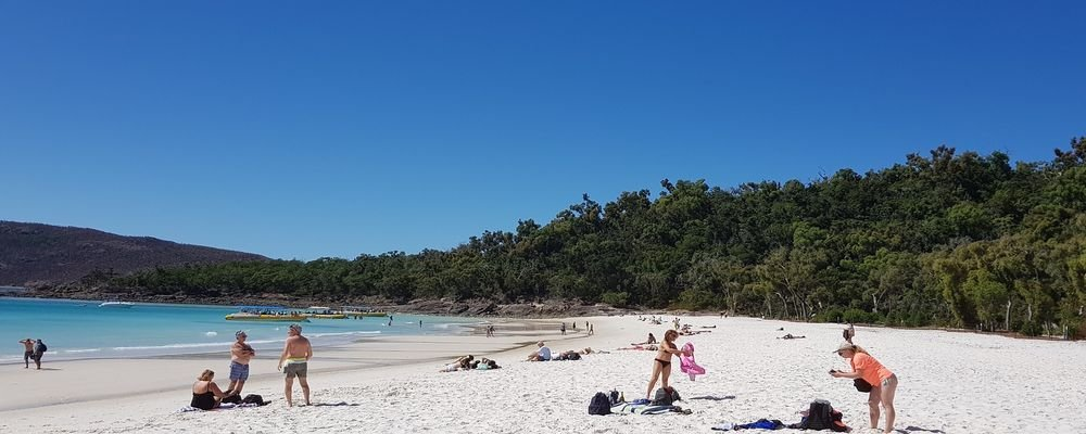How to Keep Your Cool - Surviving Summer in Tropical Queensland - The Wise Traveller - Beach
