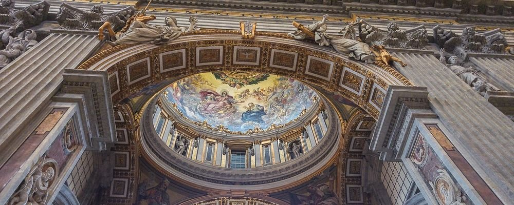 How to See the World from Your Own Sofa - The Wise Traveller - Vatican