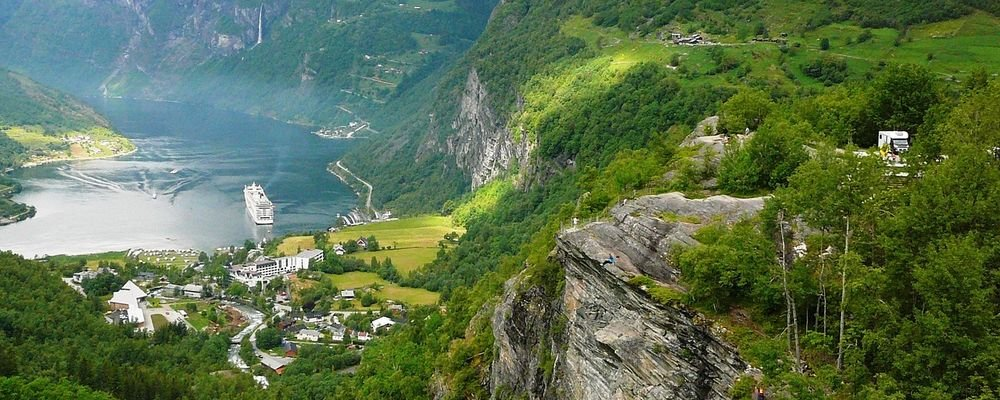 How to travel like a Scandinavian - The Wise Traveller - Geirangerfjord