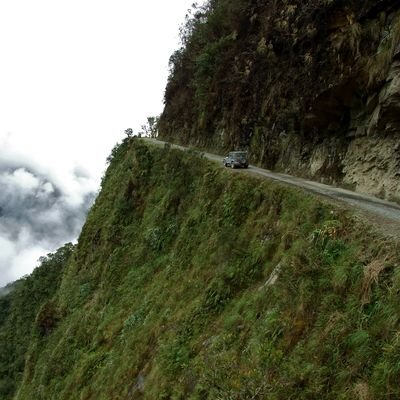 La Paz - The city in the sky - The Wise Traveller - Death Road - Bolivia