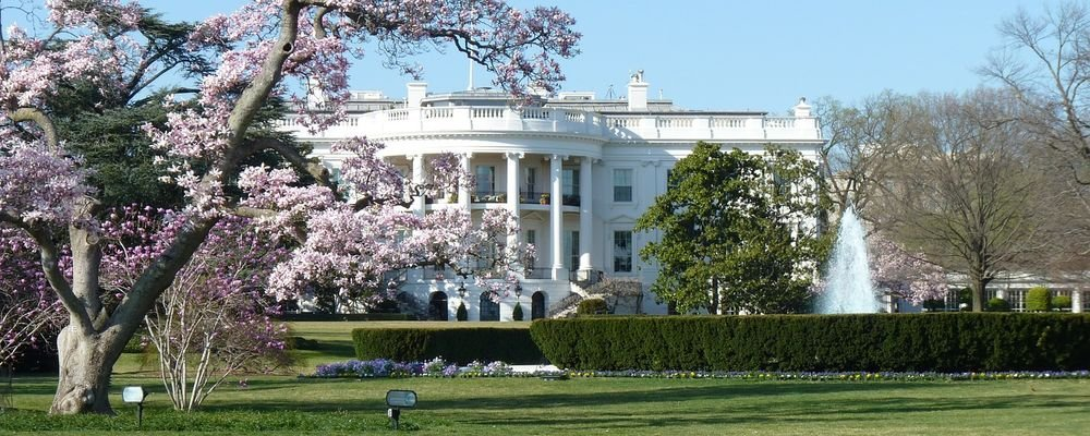Monthly Round-Up - March - The Wise Traveller - White House