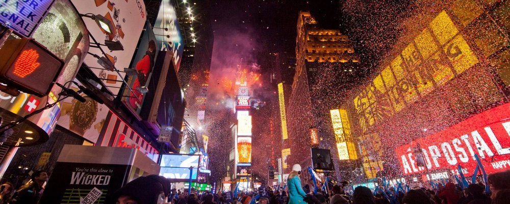Celebrating New Years Eve In North America - The Wise Traveller