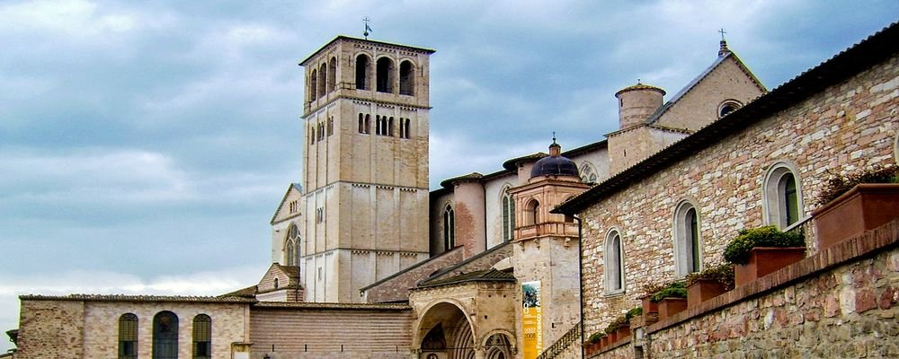 Perugia Bucket List - 5 Must Do Experiences In Perugia - Umbria - The Wise Traveller - The Cattedrale di San Lorenzo
