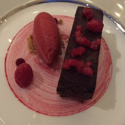 Review - The Athenaeum Hotel & Residences - London - U.K. - The Wise Traveller - Chocolate marquise at Galvin