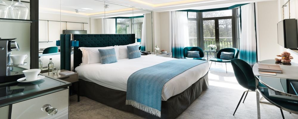 Review - The Athenaeum Hotel & Residences - London - U.K. - The Wise Traveller - Park View Teal room