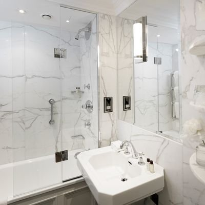 Review - The Athenaeum Hotel & Residences - London - U.K. - The Wise Traveller - Room bathroom