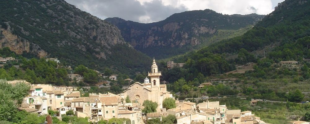 The Best Places off the Beaten Track in Mallorca - The Wise Traveller - Valldemossa