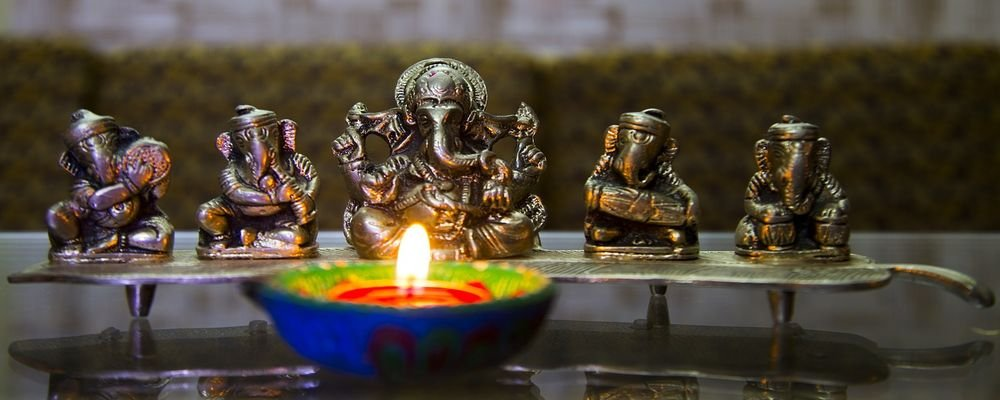 The Festival of Lights — Deepavali - India - The Wise Traveller - Pooja - Danteras