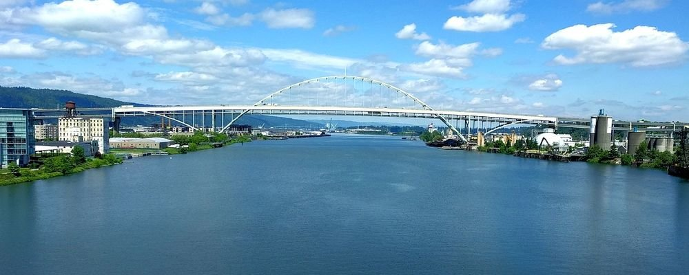 The Most Sustainable Cities to Visit in 2019 - The Wise Traveller - Fremont bridge - Portland - Oregon