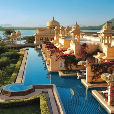 The World's 10 Best Hotel Swimming Pools - The Wise Traveller - India's Oberoi Udaivilas Pool