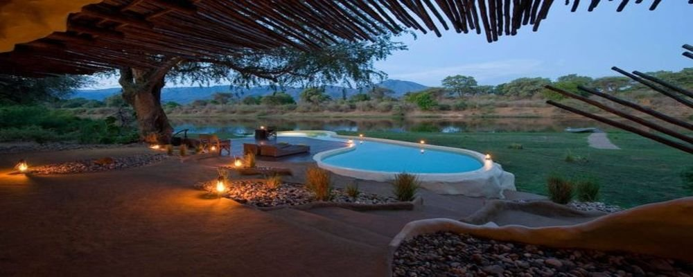 The World's 10 Best Hotel Swimming Pools - The Wise Traveller - Zambia Chongwe House Pool