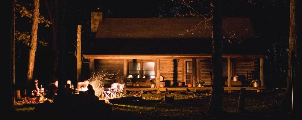 Things to do during a cabin stay – A fun packed holiday - The Wise Traveller - Bon Fire