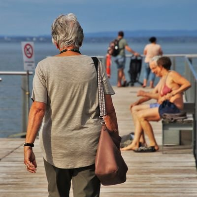 Tips for Travelling as a Millennial when you are 60 - The Wise Traveller - Older Woman