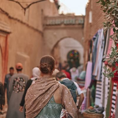 Top Tips for Shopping in the Souks of Marrakech - The Wise Traveller - Woman