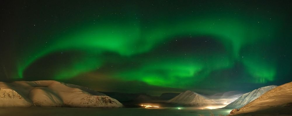 Top Travel Destinations from Instagrammers - The Wise Traveller - Iceland - Northern Lights