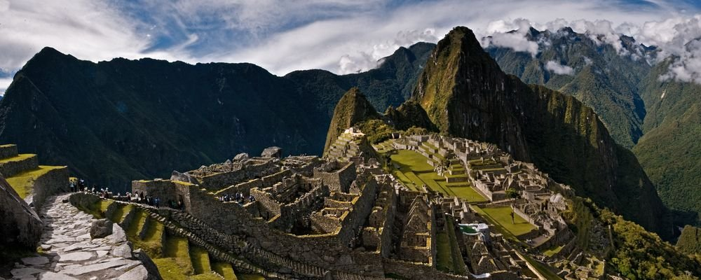 Top Travel Destinations from Instagrammers - The Wise Traveller - Peru - Machu Picchu