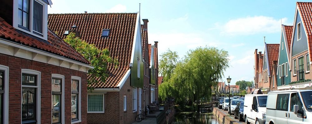 Towns In Holland Worth Visiting - The Wise Traveller - Hidden Holland - Volendam